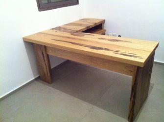 שולחן עבודה דוברת ליכטנפלד
